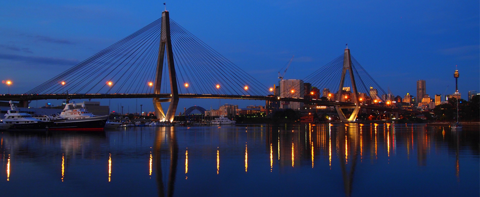 anzac bridge- night photography-sydney.jpg